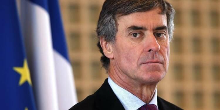 Jérôme Cahuzac avoue avoir un compte à l'étranger depuis 20 ans