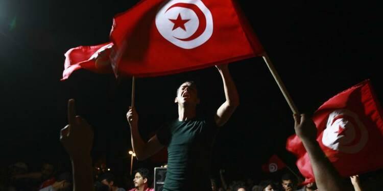 Embuscade meurtrière en Tunisie, où la tension reste vive