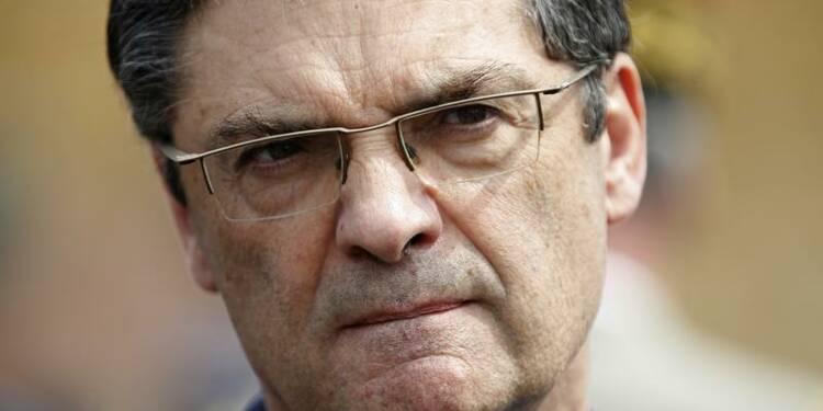 L'UMP court derrière le FN ou imite le PS, dit Patrick Devedjian