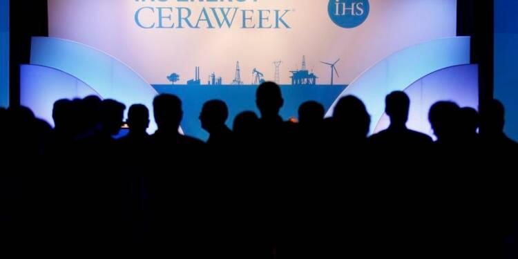 Le gaz naturel liquéfié perturbe les jeux d'influence russes et chinois