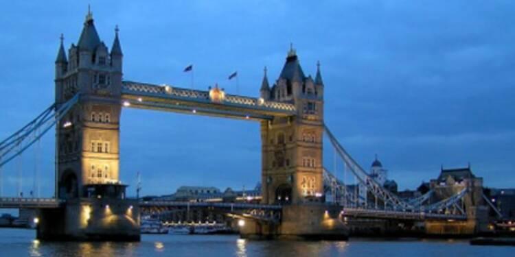 La pénurie de logements tirent les prix de l'immobilier britannique vers le haut