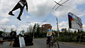 Accrochage sanglant dans l'est de l'Ukraine, appel au dialogue