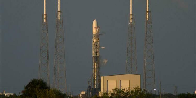 Nouveau report du lancement d'un satellite par SpaceX
