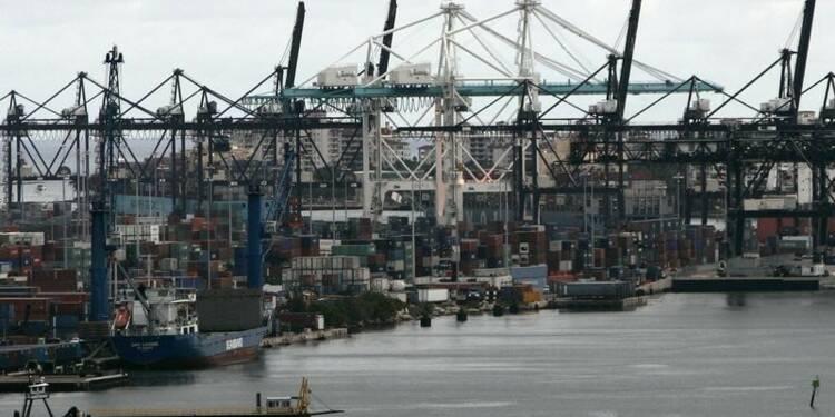 Baisse du déficit commercial américain, exportations records