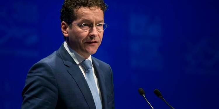 Les banques trop faibles devraient fermer, dit Dijsselbloem