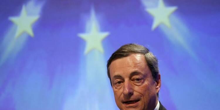 La BCE prête à agir, assure Mario Draghi
