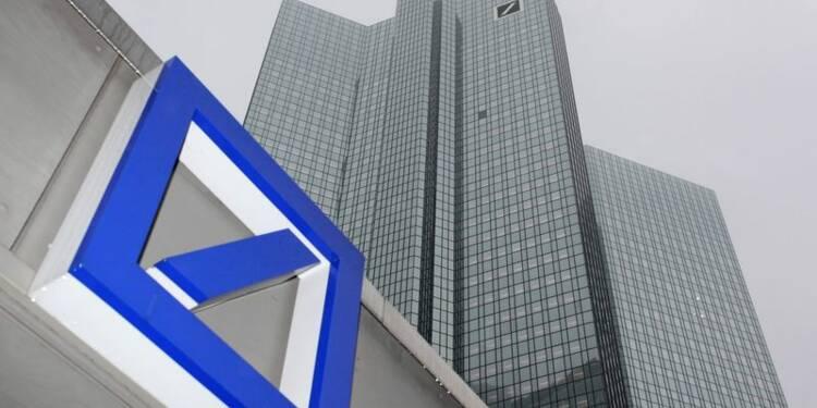 Deutsche Bank lève plus de fonds que prévu