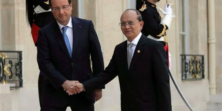 Hollande encourage une transition fidèle aux droits en Birmanie