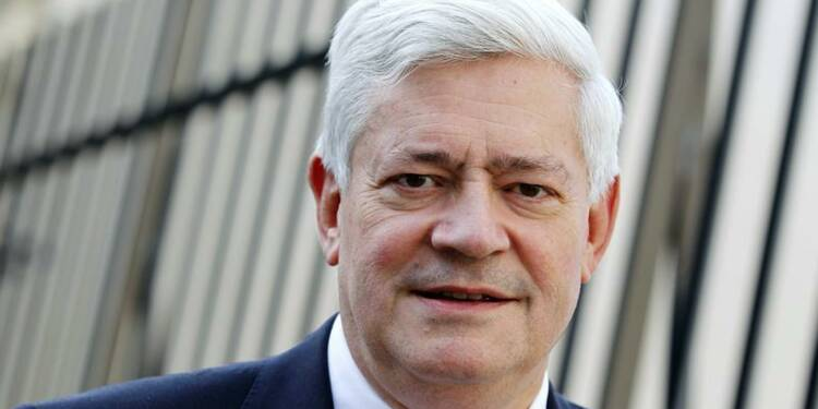 Un porte-parole du PS porte plainte contre Bruno Gollnisch