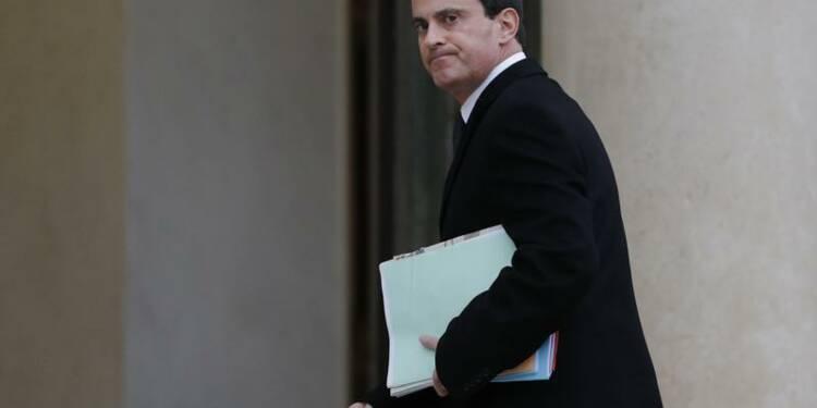 Valls annonce un renforcement du renseignement intérieur