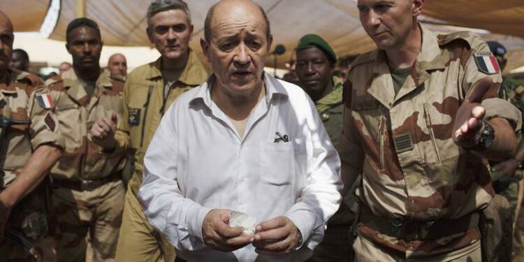 Le retrait au Mali sera étalé sur plusieurs mois, dit Le Drian
