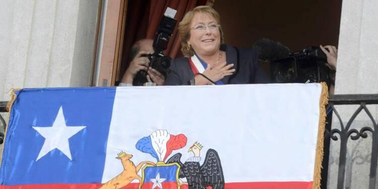 Bachelet redevient présidente du Chili, quatre ans après