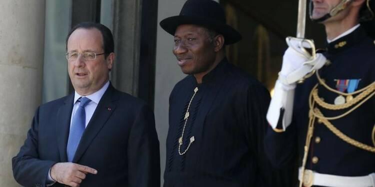 Boko Haram est une menace majeure pour l'Afrique, dit Hollande