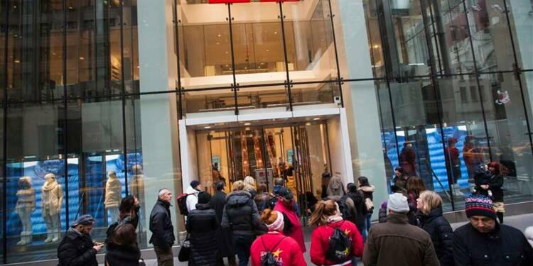Fast Retailing annonce une cotation à Hong Kong