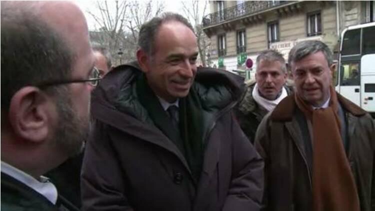 Paris: Copé dans le Ve pour soutenir la candidate UMP