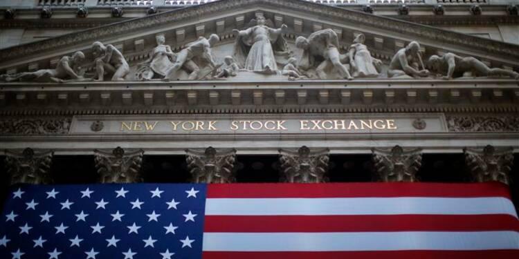 Wall Street ouvre en léger recul après de bons indicateurs
