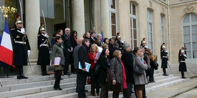 """Une """"règle de conduite"""" pour les ministres candidats en 2014"""