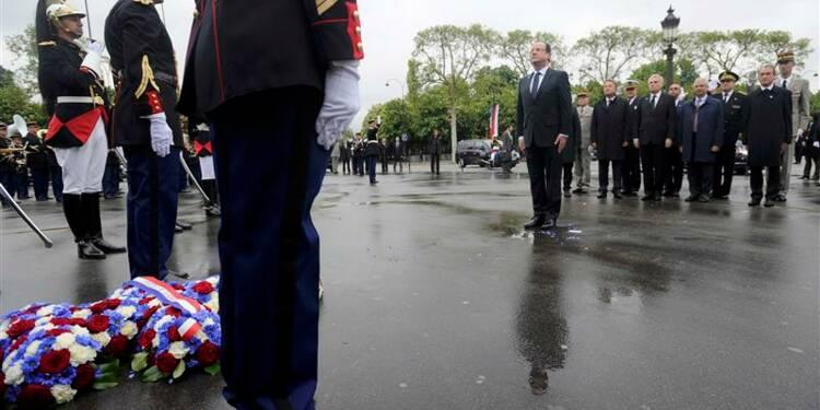 Hollande met du baume sur les liens franco-allemands