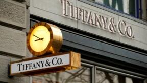 Tiffany prudent sur ses prévisions de résultats 2014