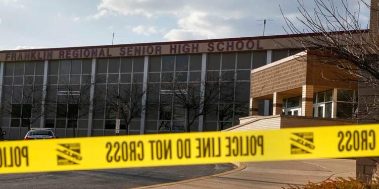 Attaques au couteau dans un lycée américain, 20 blessés