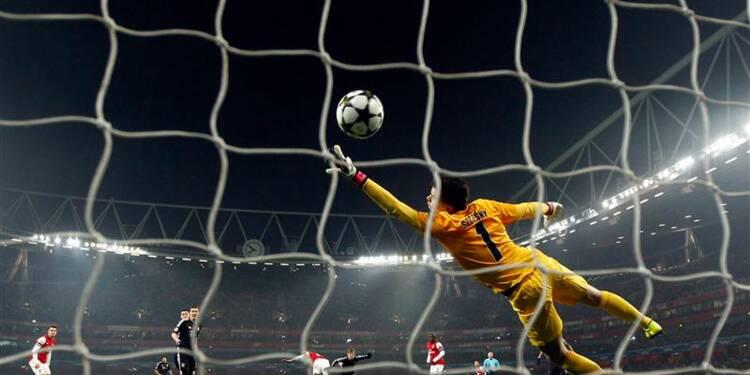 Ligue des Champions: le Bayern élimine quasiment Arsenal