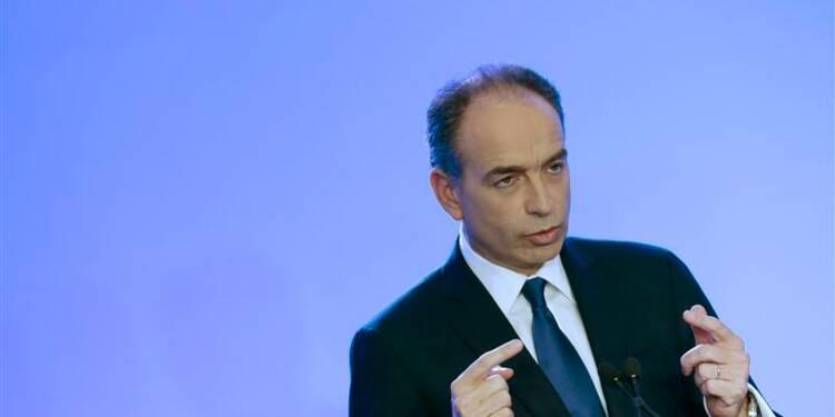 François Fillon relance la guerre des chefs à l'UMP