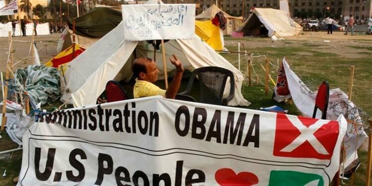 Pro et anti-Morsi au Caire snobent l'émissaire américain