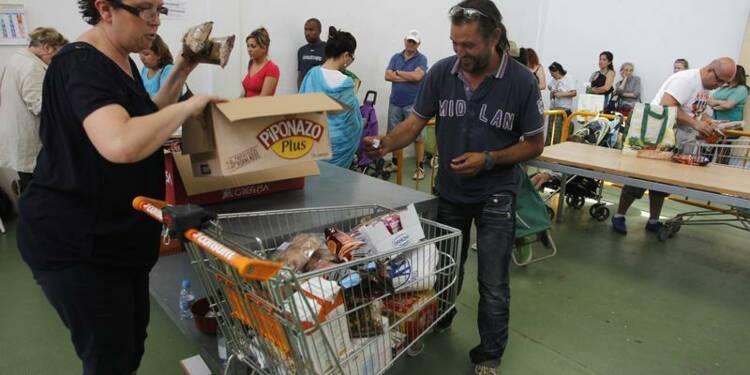 Le Parlement rétablit le niveau de l'aide aux plus démunis
