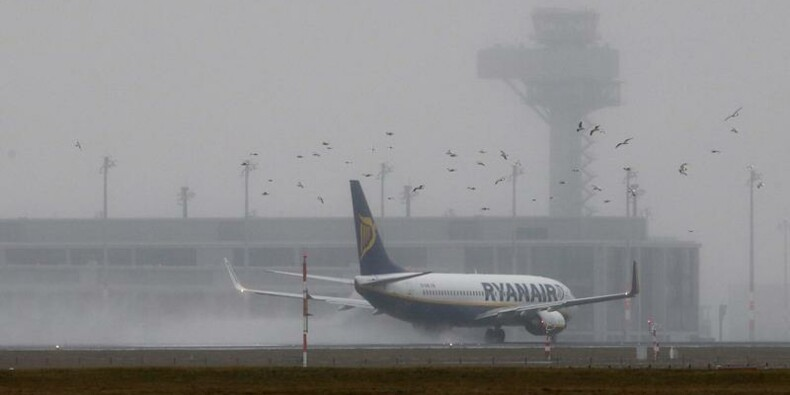 Ryanair annonce une perte au 3e trimestre