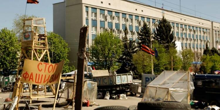La guerre des mots se durcit dans le conflit en Ukraine