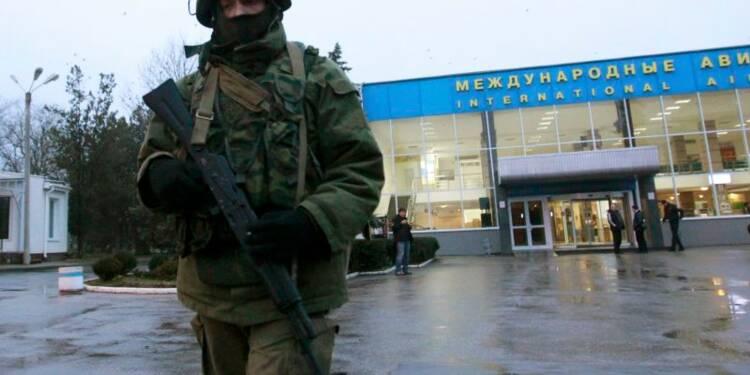 Tensions entre pro-russes et pro-Maïdan en Crimée