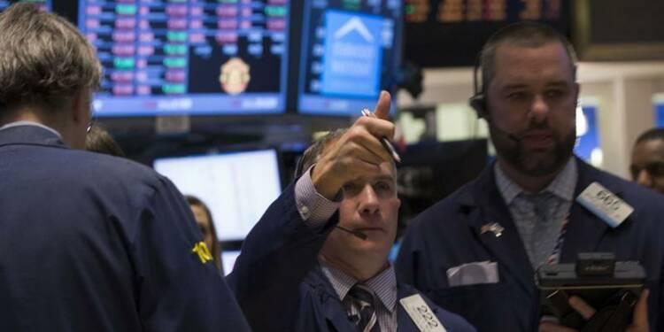 Wall Street ouvre stable après ses gains de fin de semaine