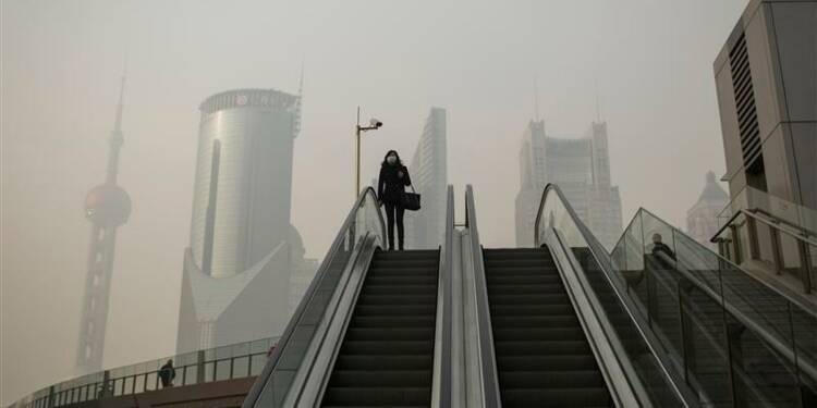 Le secteur des services tourne au ralenti en Chine