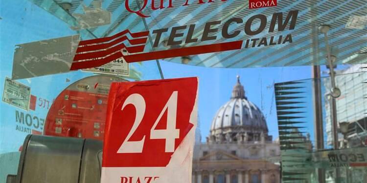 Le patron de Telecom Italia envisage une démission