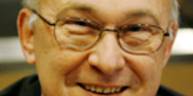 """""""Les hommes politiques mentent quand ils affirment que la France peut résorber son déficit sans augmenter les impôts"""""""