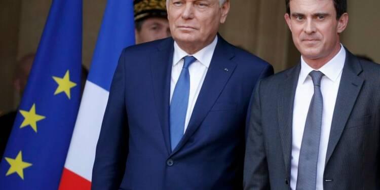 Valls promet d'amplifier le redressement engagé par Ayrault