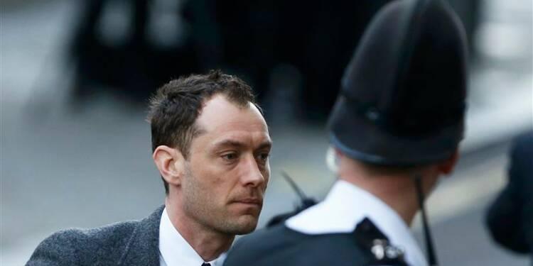 Témoignage ému de Jude Law dans le procès des écoutes à Londres
