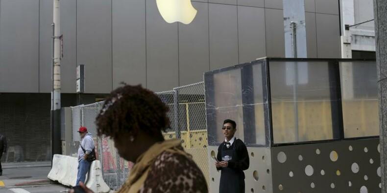 Carl Icahn renonce à exiger d'Apple un rachat d'actions