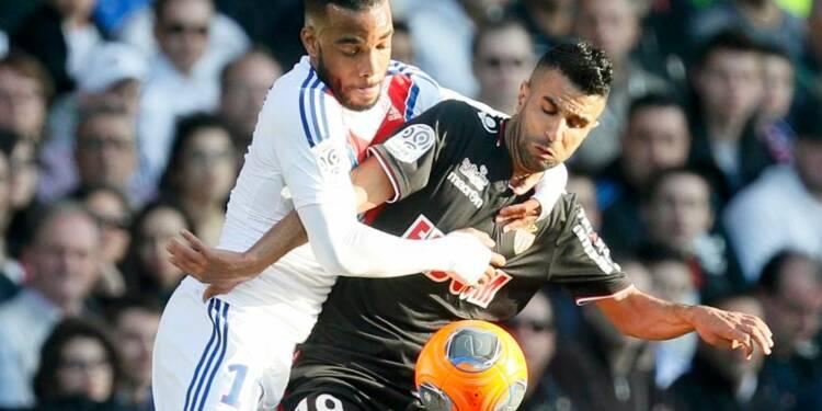 Ligue 1: Saint-Etienne fait tomber Monaco et monte sur le podium