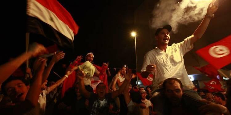 Deux militaires et un militant tués en Tunisie