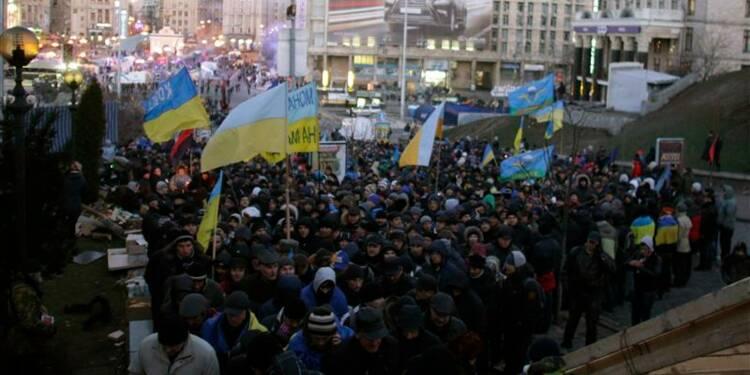 Ianoukovitch va en Chine, laissant une Ukraine en pleine crise