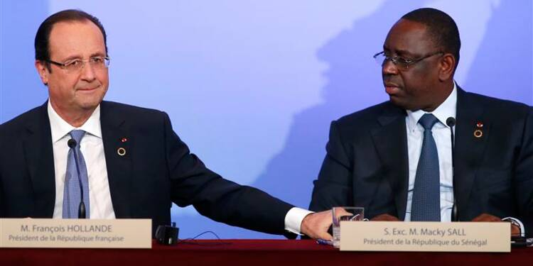 La mission en Centrafrique ne coûtera rien à Paris, dit Hollande