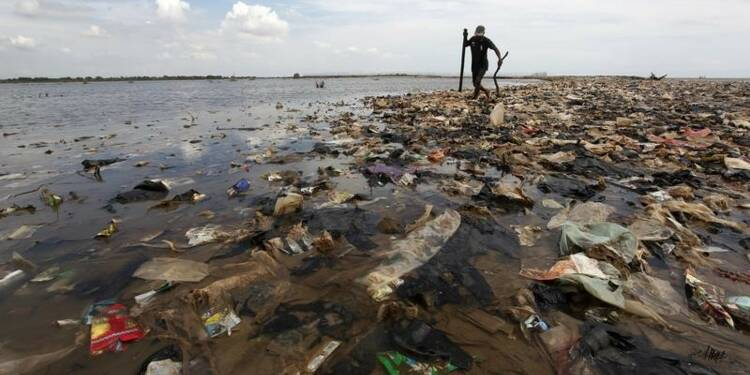 """Un """"continent"""" de plastique exploré dans l'Atlantique Nord"""