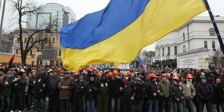 Plus de 100.000 manifestants à Kiev