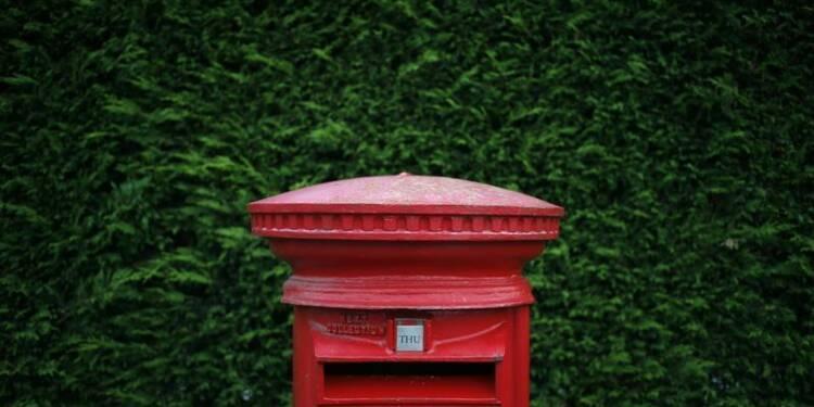 Royal Mail ouvre en hausse de 36% pour ses débuts boursiers