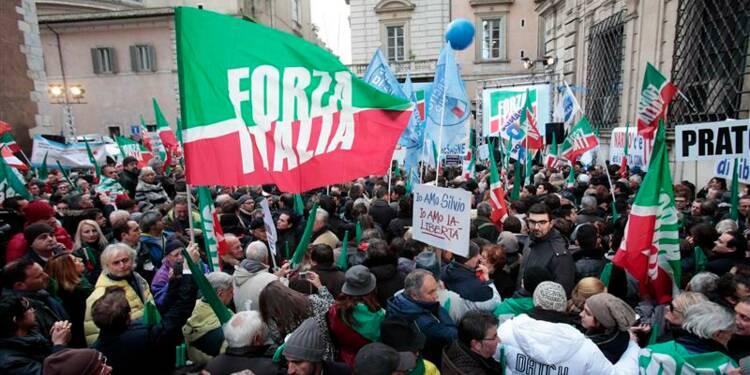 Le Sénat italien se prononce sur la déchéance de Berlusconi