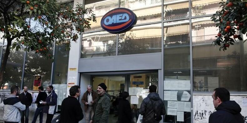 Le taux de chômage en Grèce atteint 28%, un nouveau record