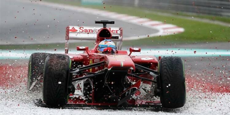 F1: Alonso coule à Sepang pour son 200e Grand Prix