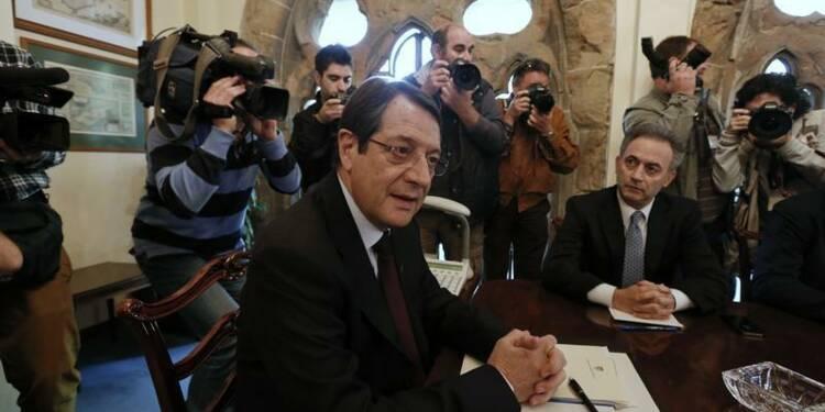 """Chypre cherche un """"plan B"""" et inquiète la zone euro"""