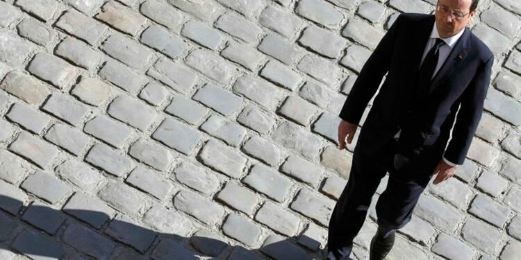 La popularité de Hollande continue de chuter, selon OpinionWay